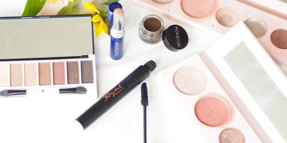 nontoxic makeup array