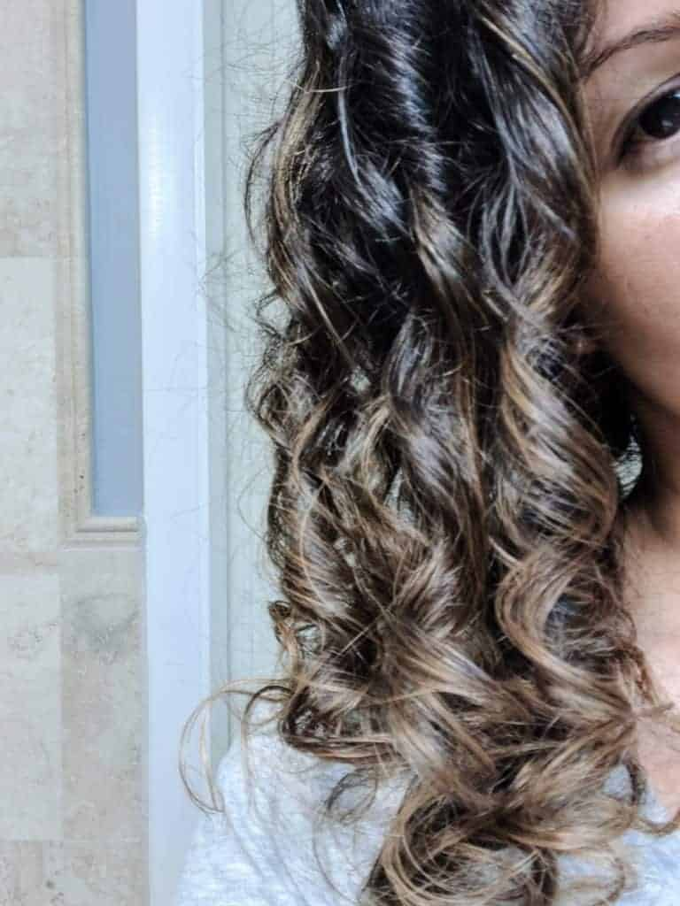 11 Surprising Reasons You Have Frizzy Curly Hair + Tips to Beat Halo Frizz