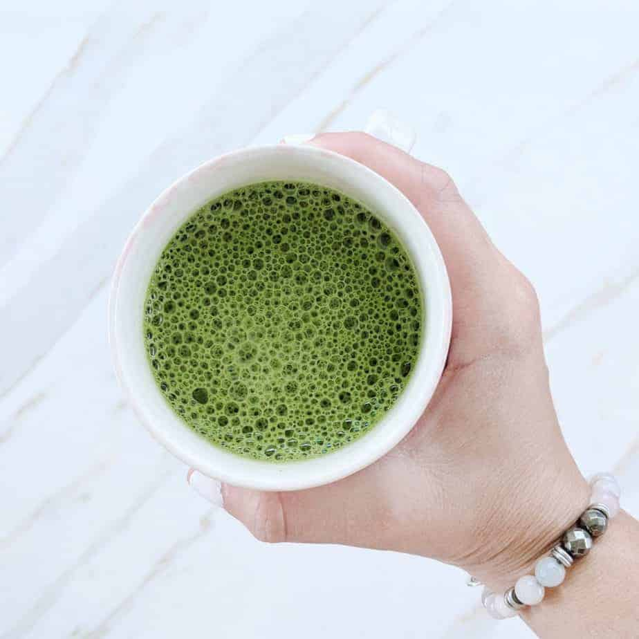 matcha chocolate latte - green tea for skin
