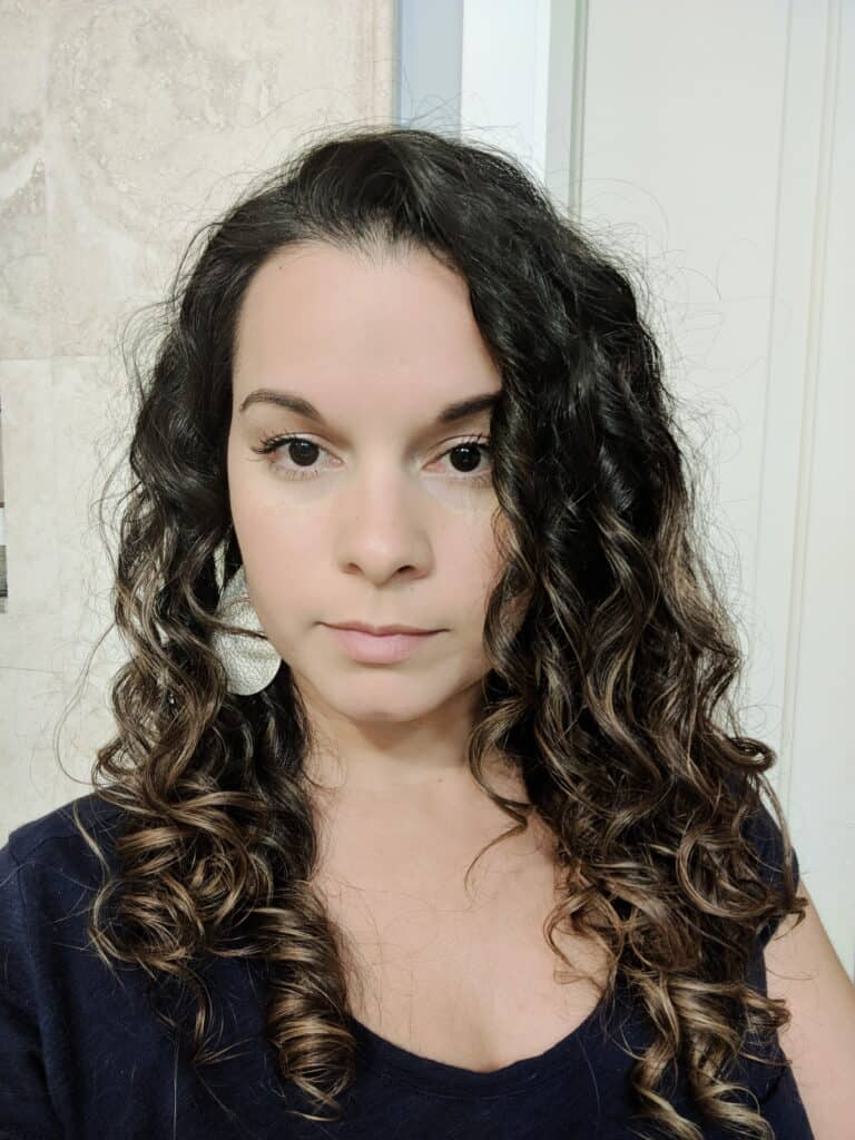 Delilah's hair after using Bounce Curl Alcohol-Free Hair Spray review